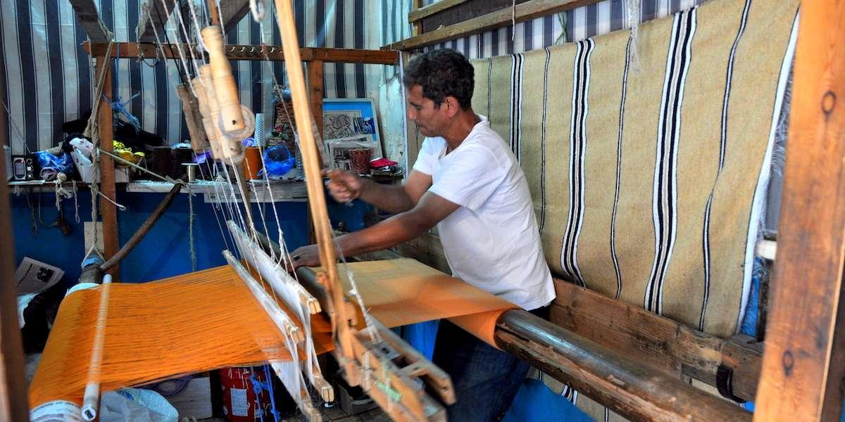 The art of carpet weaving in Tunisia